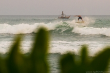 sri-lanka-surfing-and-waves-12