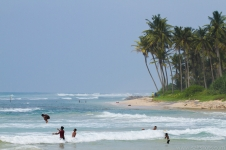 sri-lanka-surfing-and-waves-38