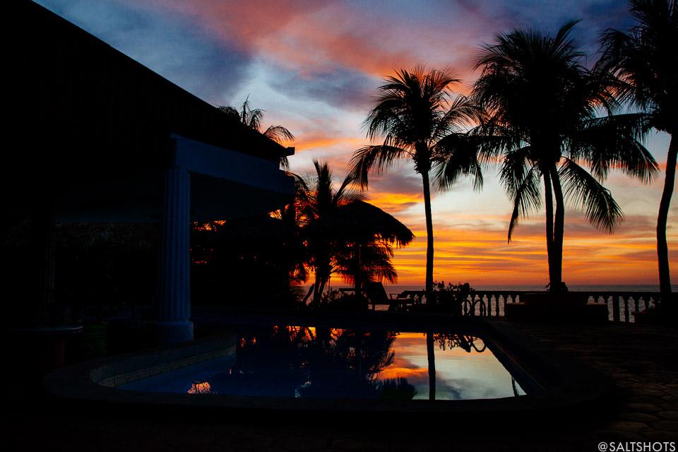 rise up pool nicaragua surf photograhy