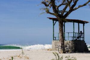 surfing nicaragua print wave