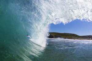 Porthtowan surfing wave picture